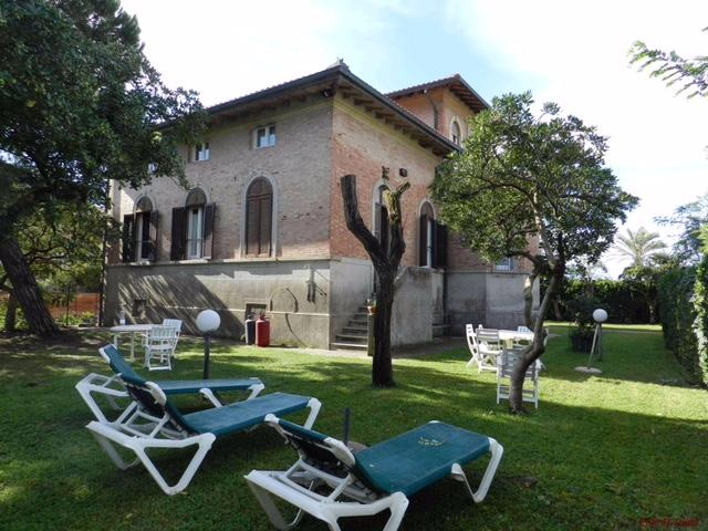 Vendita villa marina di grosseto maremma concetta relli for Case in stile villa italiana