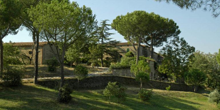 vendita agriturismo poggio oliveto matremma toscana - concetta relli luxury real estate 02