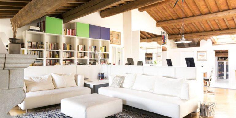 esclusivo appartamento centro storico lucignano toscana concetta relli real estate 02