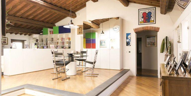 esclusivo appartamento centro storico lucignano toscana concetta relli real estate 03