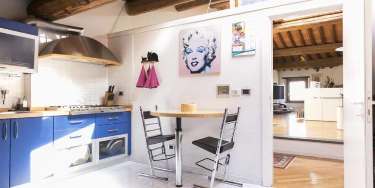 esclusivo appartamento centro storico lucignano toscana concetta relli real estate 06
