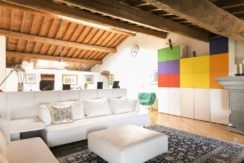 esclusivo appartamento centro storico lucignano toscana concetta relli real estate