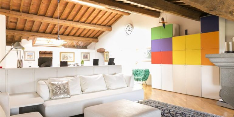 esclusivo appartamento centro storico lucignano toscana concetta relli real estate 07