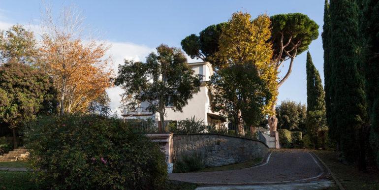 Villa in vendita in CONFINI DI CASTELGANDOLFO concetta relli luxury rela estate 02