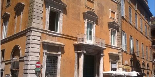 Roma – Piazza SS. Apostoli